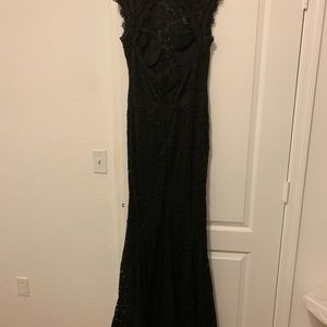 Black Lace Elegant Fitted Dress